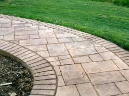 Offer concrete - pavers services